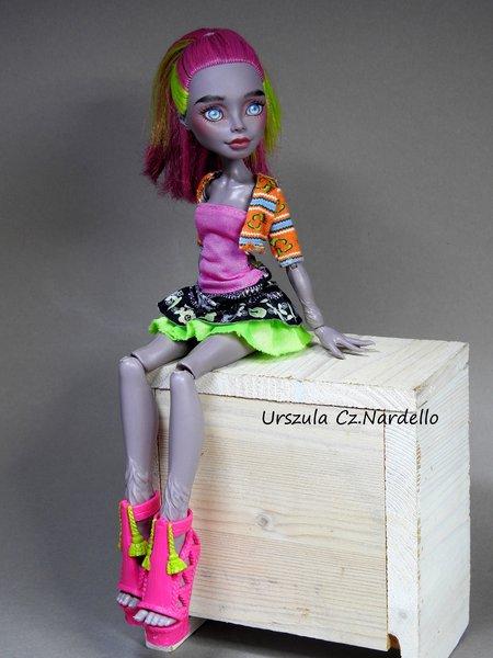 marisol coxi -monster high repaint ooak doll art painting