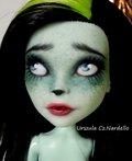 Scarah -Monster High repaint OOAK doll