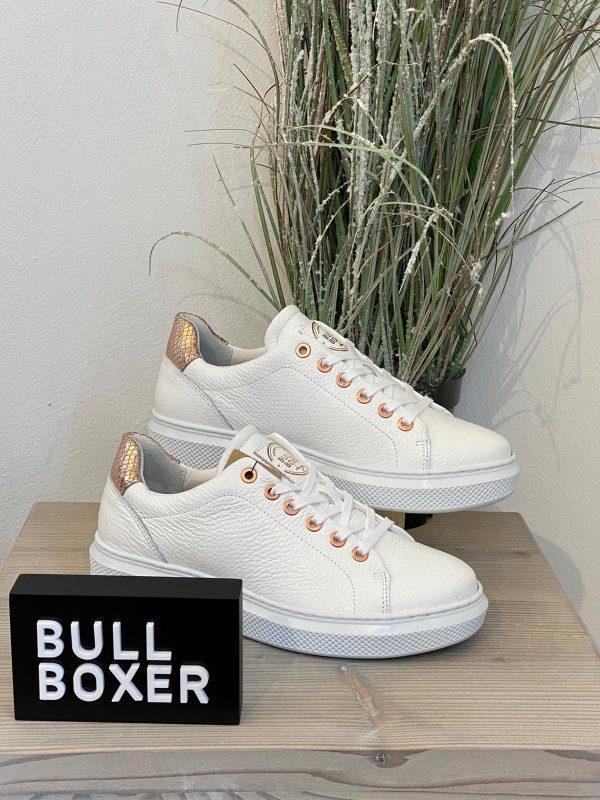 bull-boxer-sneakers-wit-rose