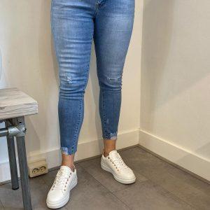ana-lucy-skinny-stretch-jeans