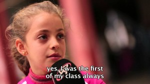 Tízéves iraki menekült kislány tanúságtétele a hit erejéről (VIDEÓVAL)