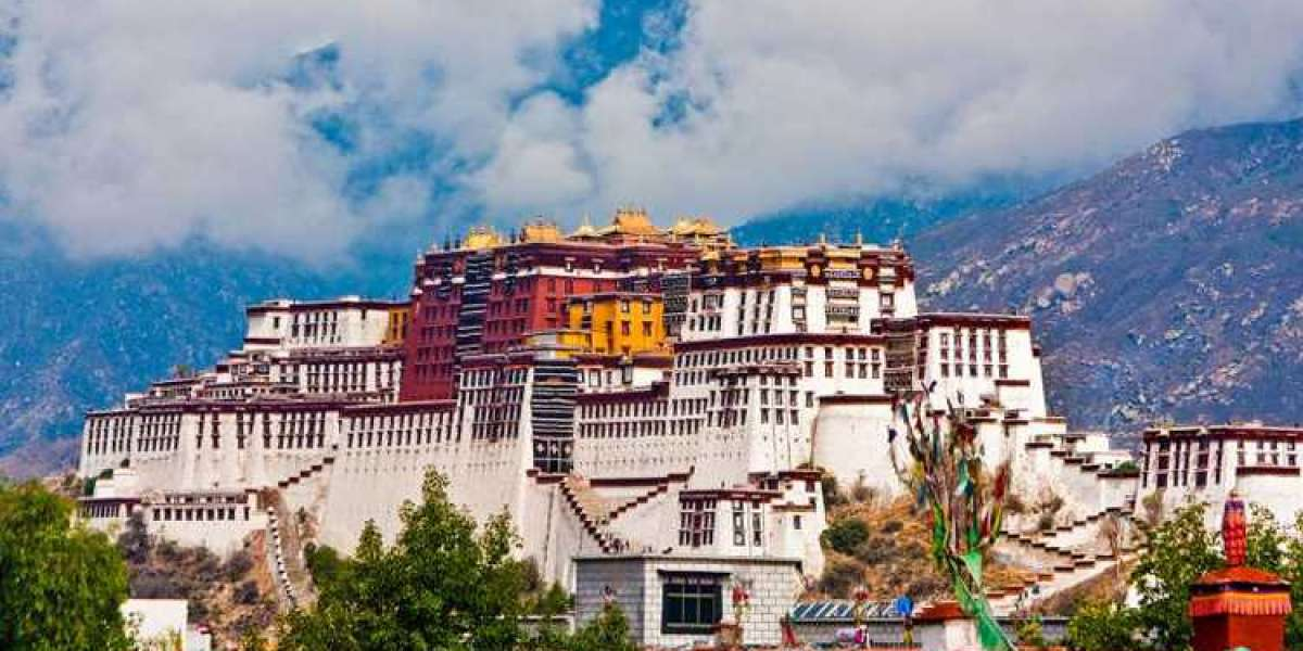 Explore best Tibetan Temple tour