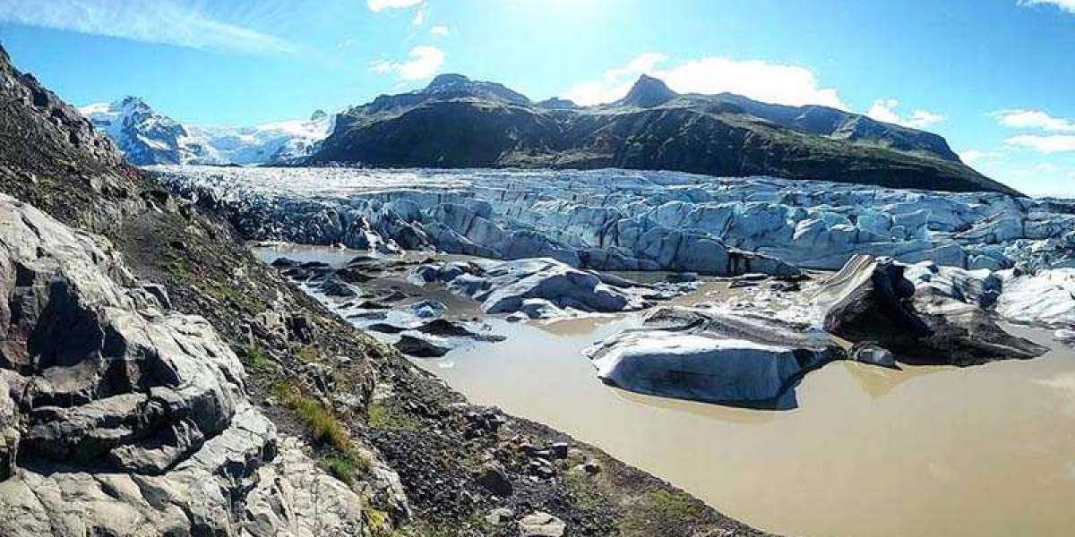 Glacier Adventure in Iceland: A experience for a lifetime